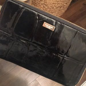 Oversized black Kate Spade wallet